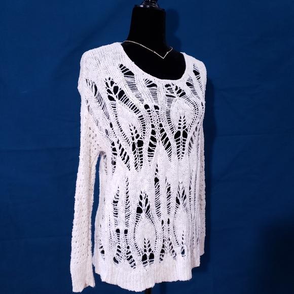 AE Outfitters Boho Cream Sweater Leaf Design